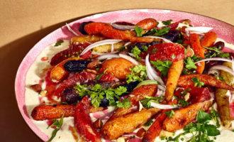фото Салат с запеченной морковью